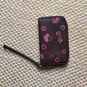 Coach Floral Cell Phone Wallet